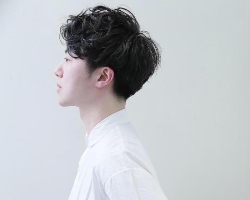 2019年メンズ】前髪パーマで簡単スタイリング!|メンズパーマ